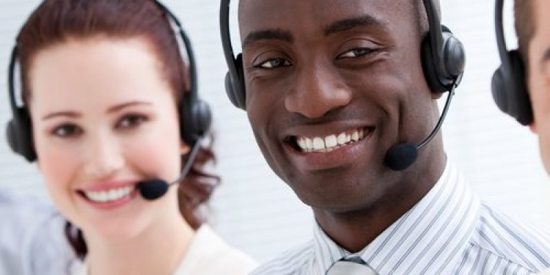 BAOBAB+ recrute TROIS (03) STAGIAIRES OPERATEURS(TRICES) CALL CENTER